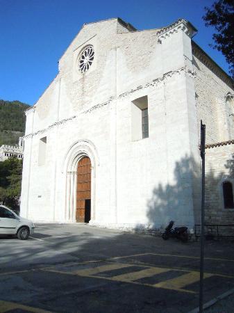 Gubbio, chiesa di San Francesco