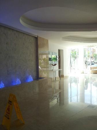 Blue Bay Platinum Hotel: Hall