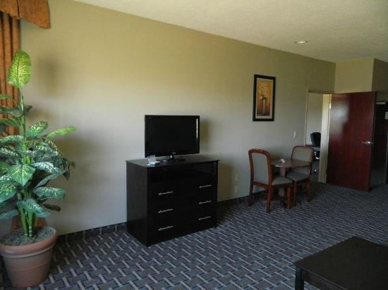 La Quinta Inn & Suites Clovis: Breakfast Nook & TV