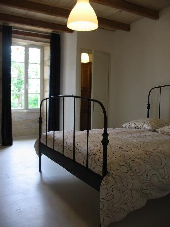 Le Mayne de Boulede, 5 self catering holiday homes in private hamlet and 2 pool