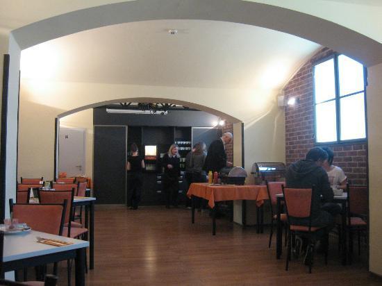 Hotel Ostruvek : dining area