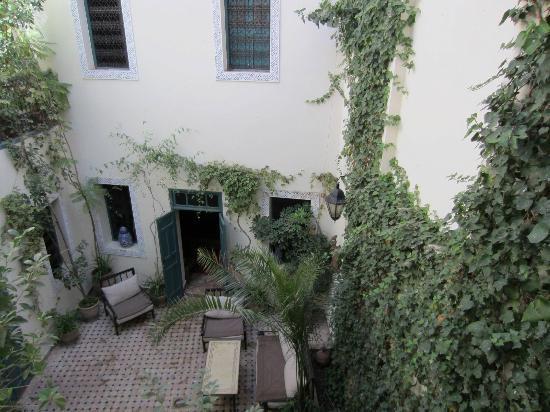 Dar Limoun: Courtyard