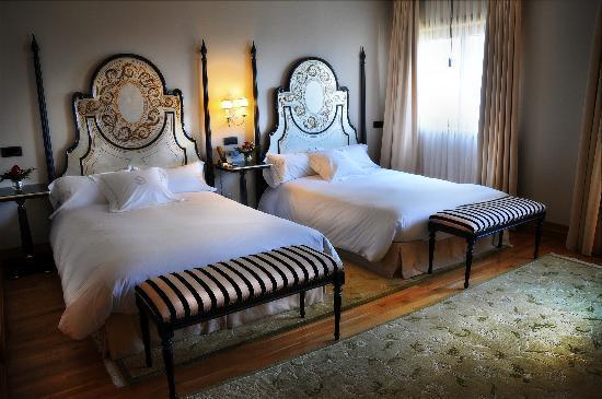 Pazo Los Escudos Hotel and Spa: Habitación Twin Pazo