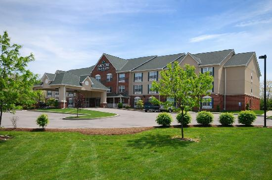 Country Inn & Suites By Carlson Fairborn South: Welcome to our hotel!
