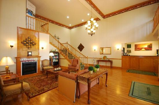 Country Inn & Suites By Carlson Fairborn South: Enjoy our cozy lobby