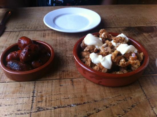 Purefoy Arms: Tapas - Chorizo and squid