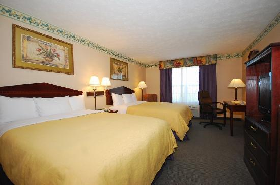 Country Inn & Suites By Carlson Fairborn South: Double Queen Bedroom