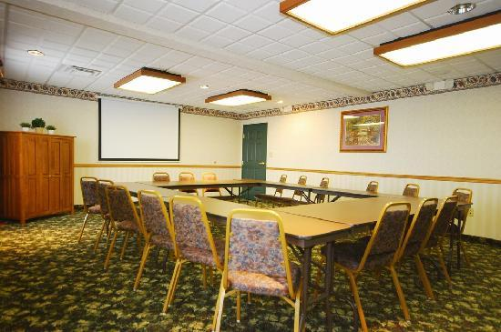 Country Inn & Suites By Carlson Fairborn South: Conference Center