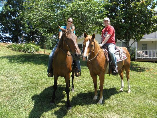Cornerstone Farm: Trail Ride 