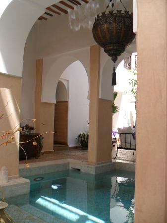Dar Charkia: Plunge pool