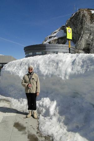 Hotel Pilatus-Kulm: Lots of Snow