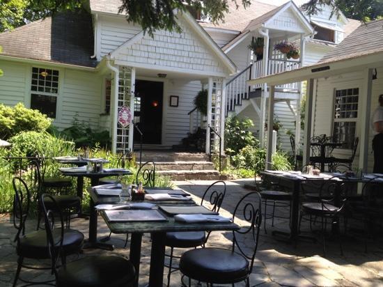 Village Cafe: outside eating area...delightful.