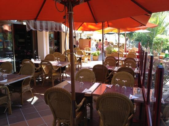 El Mirador de Cala Pi: the outside tables