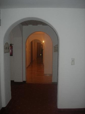 Hotel Post: Flur
