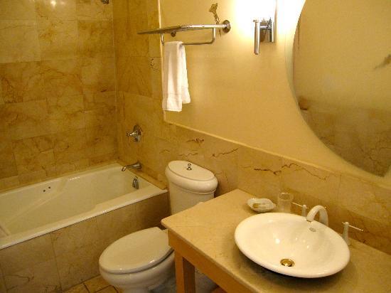 Enzo baño