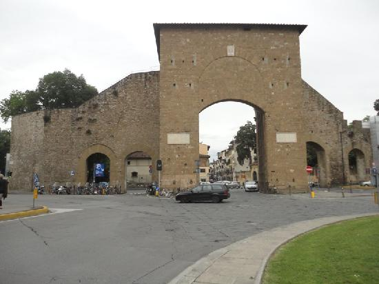 Porta romana florence all you need to know before you - Affitto porta romana firenze ...