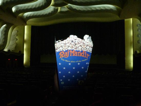 Raj Mandir Cinema: Popcorn at Raja Mandir