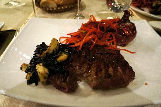 Noyan Tun : Excellent Argentinian rib eye steak