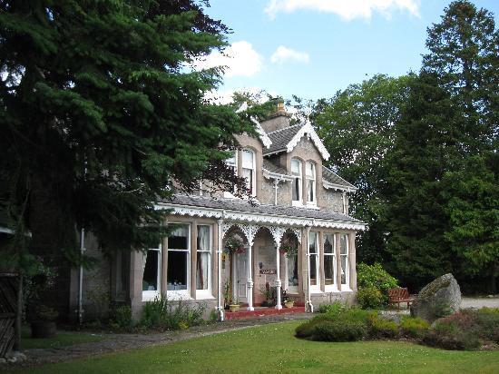 Moorfield House: Moorfield