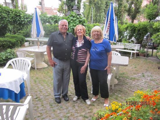 Hotel Venezia: Gäste und Chefin