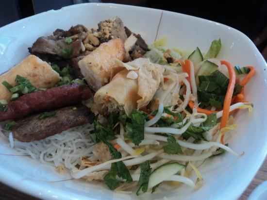 Pho Orchid : house special vermicelli