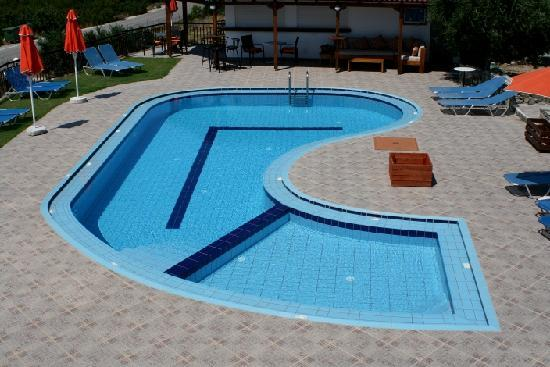 Glykeria Rooms: Glykeria swimming pool