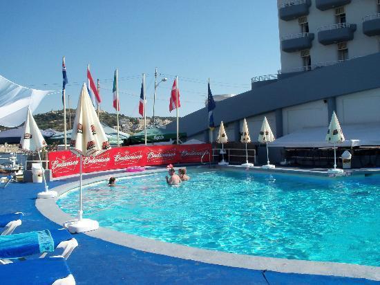 Xemxija, مالطا: The pool 