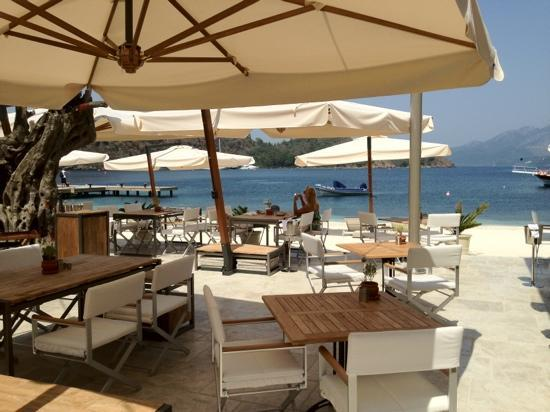 D Maris Bay: the a la carte beach restaurant.