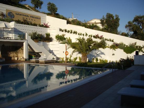 Skiathos Premier Hotel: pool area