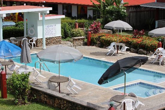 Belleviste Apartments : Pool