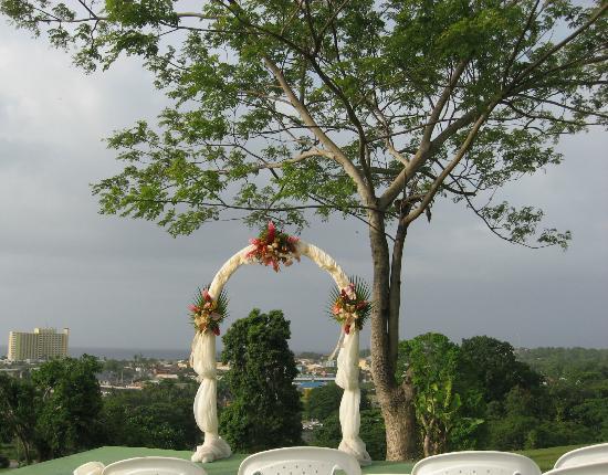 Mystic Ridge Resort: Ceremony Location