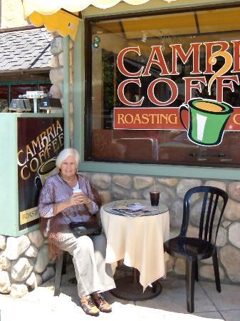 Cambria Coffee Roasting Co.: Coffee break time!