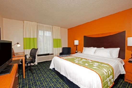 Fairfield Inn & Suites Chicago Naperville: Standard King