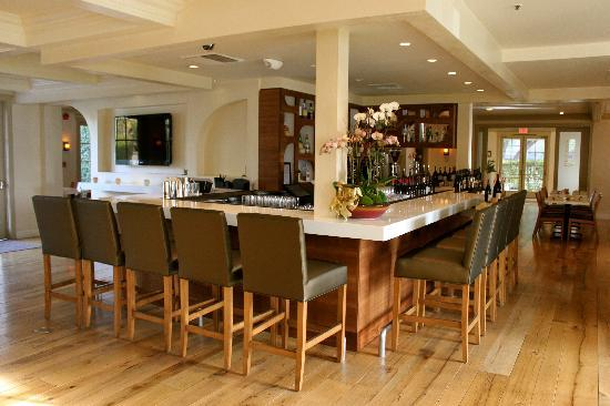 Fess Parker's Wine Country Inn and Spa : Petros Lobby