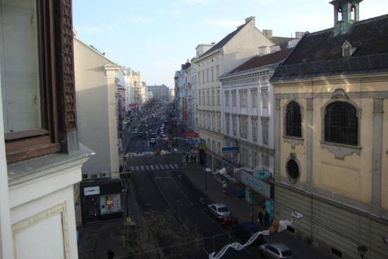 Pension Stadtpark: View from room toward Rochusmarkt.