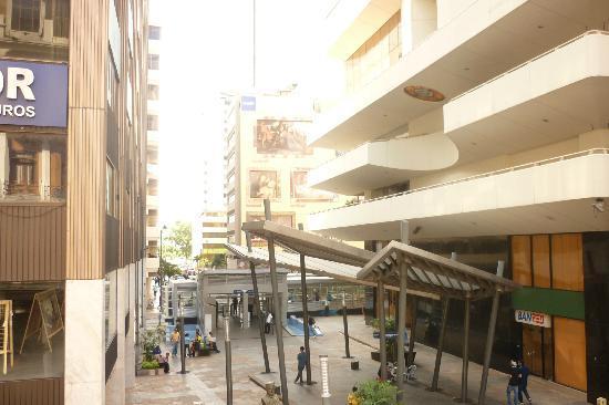 Hotel La Fontana: Vista dela ciudad desde balcón del Lobby