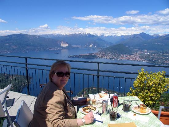 Funivie del Lago Maggiore: Lunch with a million dollar view