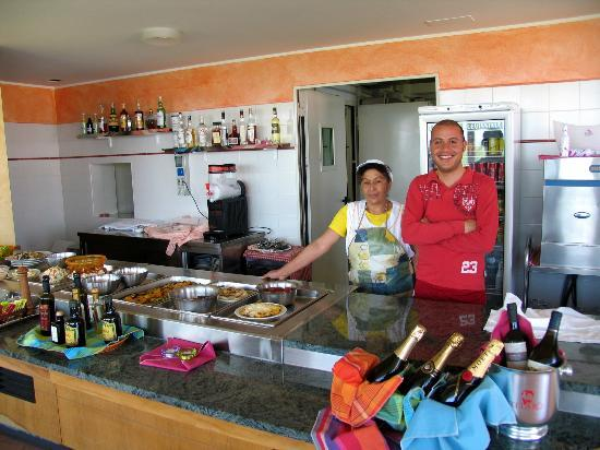 Funivie del Lago Maggiore: Friendly Restaurant Staff