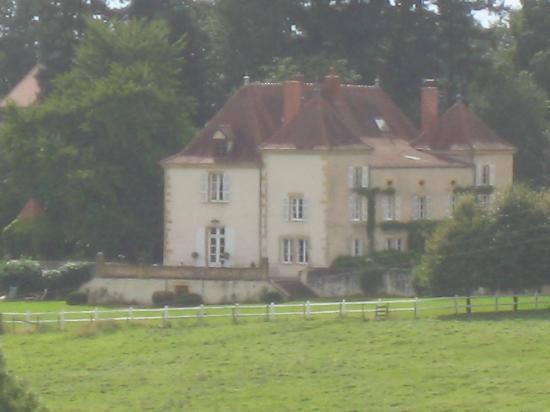 Poisson, France : getlstd_property_photo