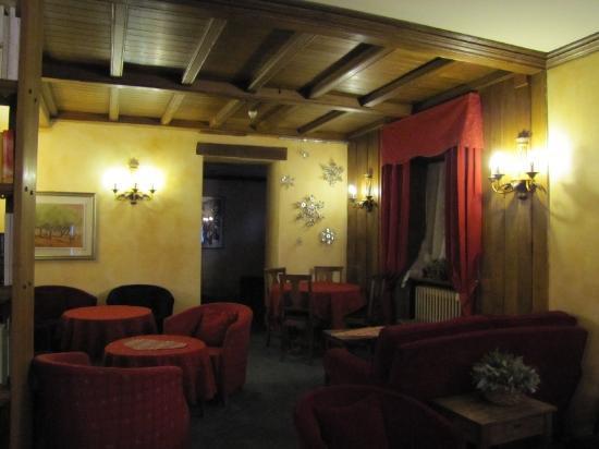 Hotel Courmayeur: Lobby