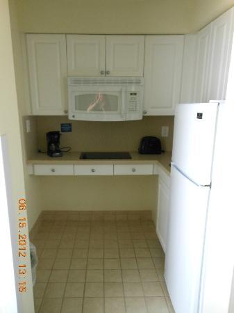 Navy Lodge Key West: Full Kitchen
