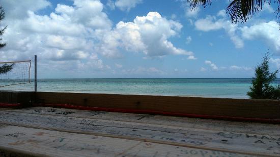 Bahama John's Seafood-N-Rib Shack: View from my table