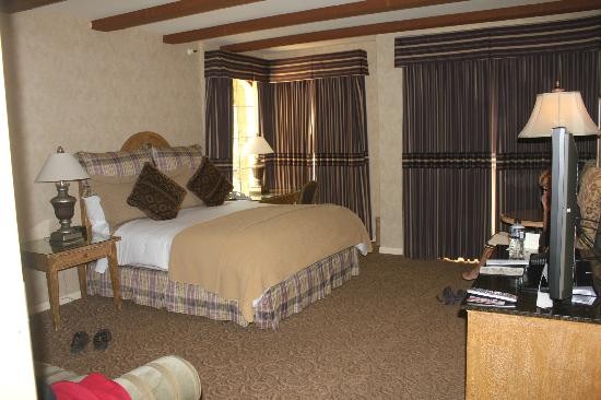 Vintners Inn: our room