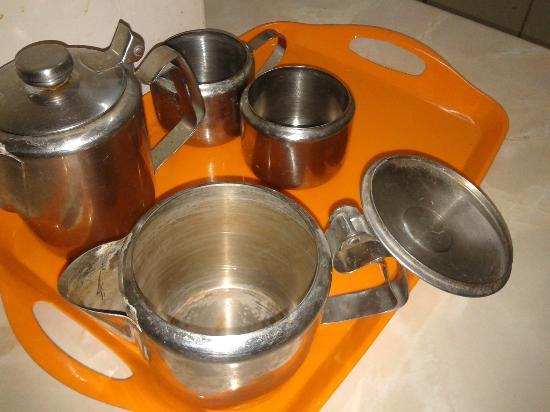 Klashiana Hotel Apartments: coffee pots