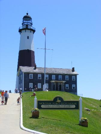 The Country Place: Montauk Lighthouse 15mins from Irena's