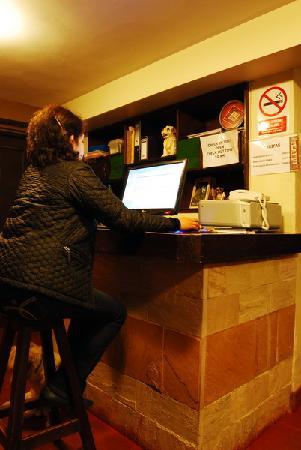 In Casita: Escríbenos y responderemos rapidito