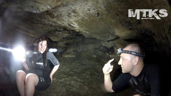 Lusk Cave : Bring a Flashlight