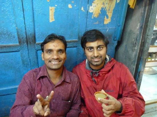 Hotel Buddha: Drinking chai with Pintu, the hotel's official guide!