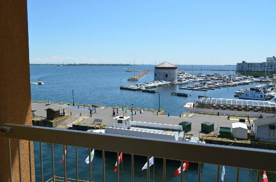 Holiday Inn Kingston - Waterfront : One of many Lake Views at this Hotel