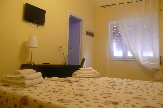 Eco B&B Marela: Double bed  room ensuite